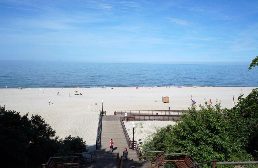 Пляж поселка Янтарный
