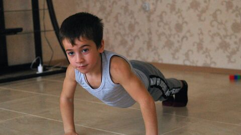Пятилетний житель чеченского села Дуба-Юрт Рахим Куриев