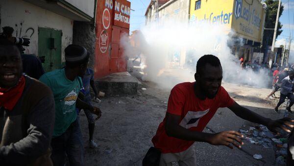 Беспорядки в Порт-о-Пренсе, Гаити. 18 ноября 2018
