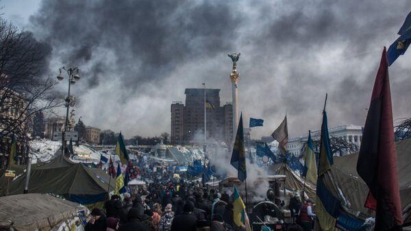 Лагерь митингующих на площади Независимости в Киеве