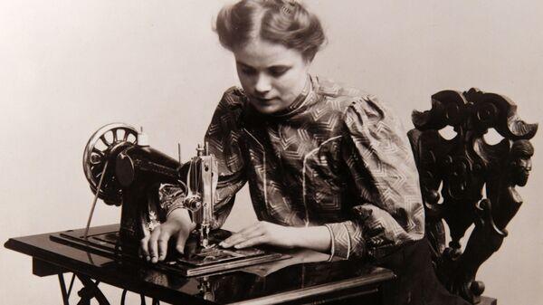 Фотография на выставке Курсистка – имя нарицательное. К 140-летнему юбилею высшего женского образования в России в Санкт-Петербурге