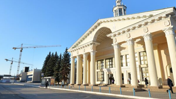 Здания международного аэропорта Челябинск