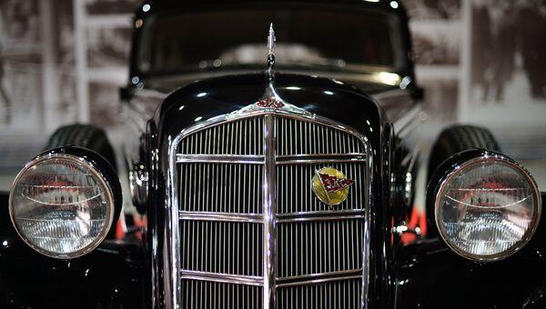 Автомобиль ЗИС-101. Архивное фото