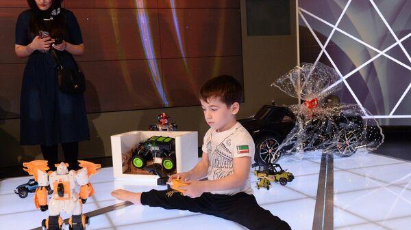 Пятилетний Рахим Куриев, установивший мировой рекорд по количеству отжиманий от пола