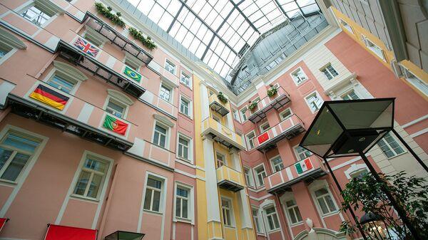 Внутренний двор отеля, Санкт-Петербург