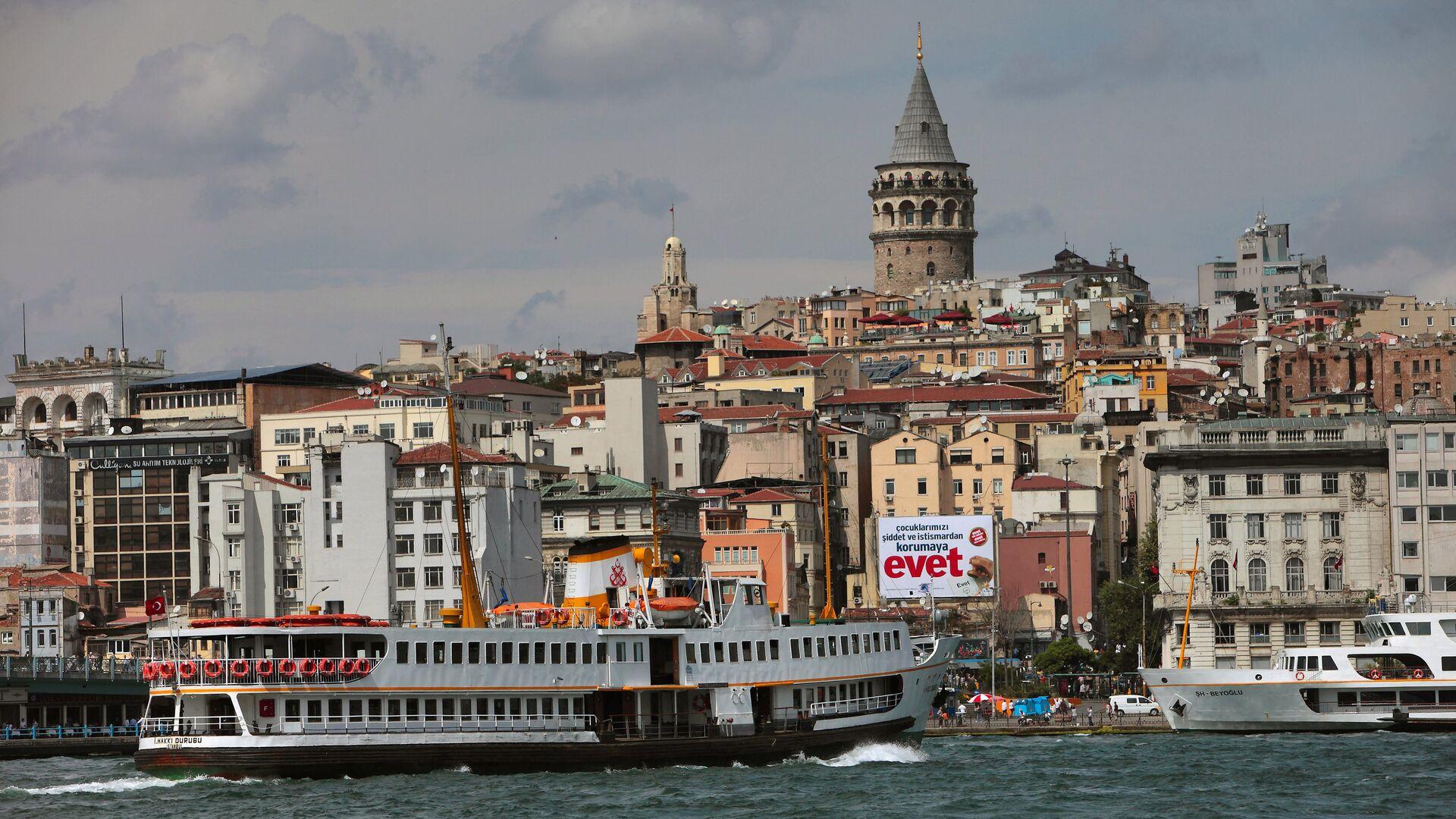 Вид на Стамбул через пролив Босфор - РИА Новости, 1920, 04.04.2021