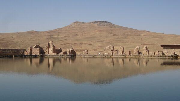 Гора Тахте Солейман в Иране