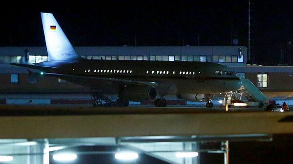 Самолет канцлера Германии Ангелы Меркель в аэропорту Кельна