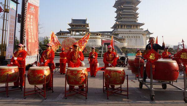 Открытие улицы в русском стиле в городе Линьи (Китай)