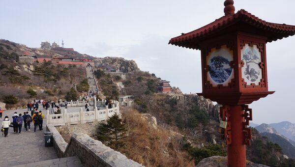 На горе Тайшань в провинции Шаньдун в Китае