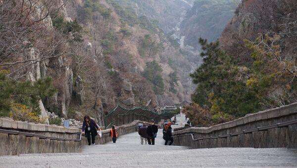 Лестница, ведущая на гору Тайшань