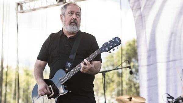 Один из основателей британской панк-группы Buzzcocks Питер Шелли. Архивное фото
