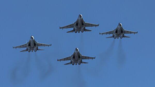 Истребители Су-35С пилотажной группы Соколы России