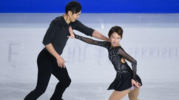Спортивная пара из Китая Пэн Чэн/Цзинь Ян