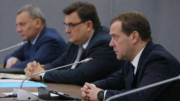 Председатель правительства РФ Дмитрий Медведев проводит совещание по вопросам развития Арктики. 11 декабря 2018