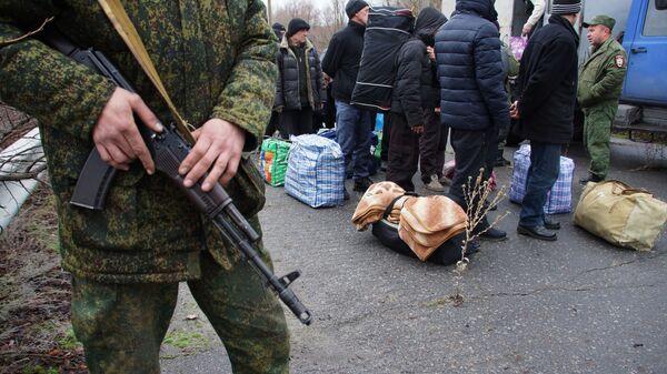 Передача заключенных в Донбассе