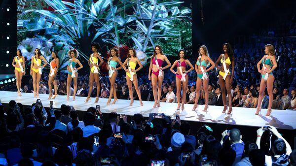 Конкурс купальников на конкурсе Мисс Вселенная в Бангкоке. 13 декабря 2018