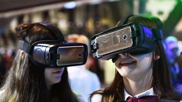 ДВФУ запустил курсы подготовки волонтеров в виртуальной реальности