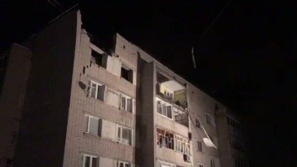 Пятиэтажный дом на улице Карла Маркса в Вологде, пострадавший от взрыва бытового газа. 16 декабря 2018