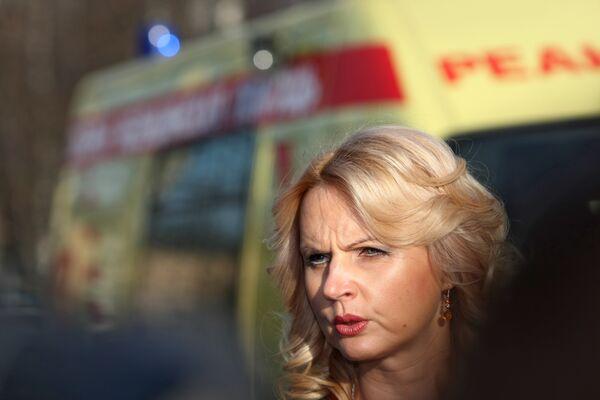 Голикова доложила Медведеву о помощи пострадавшим в аварии поезда