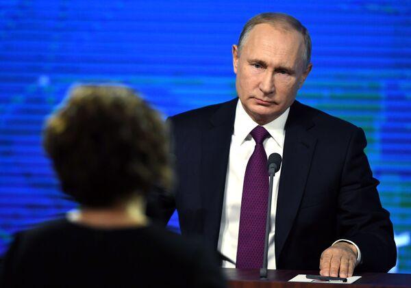 Президент РФ Владимир Путин во время ежегодной большой пресс-конференции. 20 декабря 2018