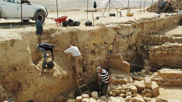 Раскопки в Тэль Аль-Хаммам на месте предполагаемого местонахождения городов Содом и Гоморра