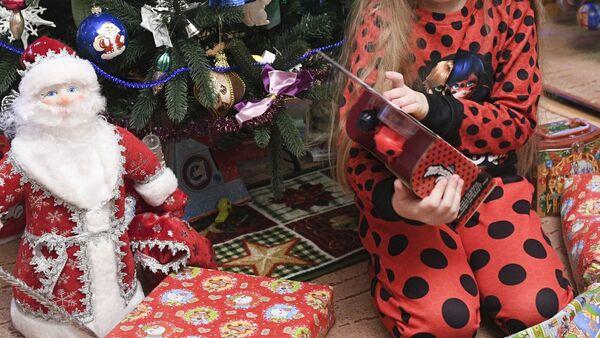 В Москве соберут новогодние подарки для детей без семьи
