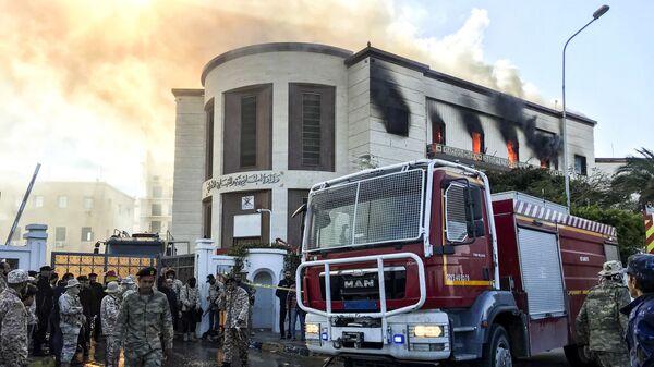 На месте теракта возле штаб-квартиры МИД Ливии в столице Триполи. 25 декабря 2018