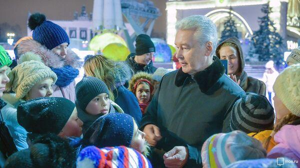 Мэр Москвы Сергей Собянин посетил Город зимы на ВДНХ