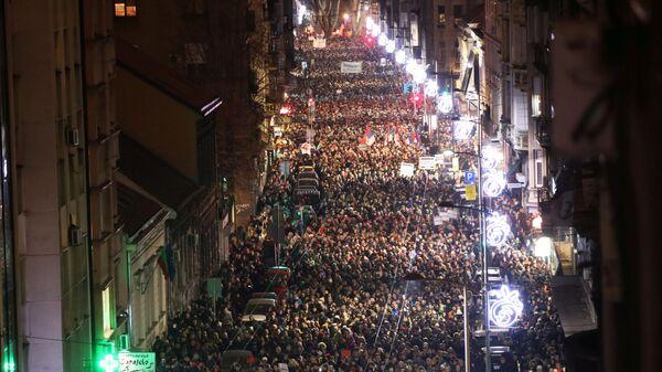 Антиправительственная акция протеста в Белграде, Сербия.