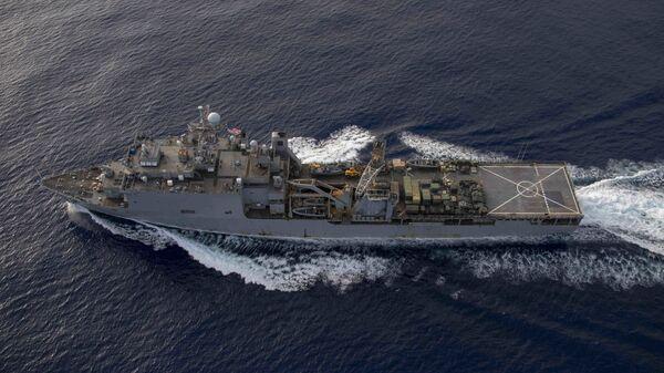 Американский военный корабль вошел вЧерное море