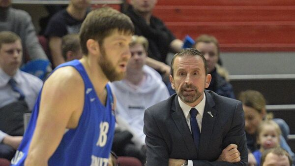 Главный тренер Зенита Жоан Пласа (справа)