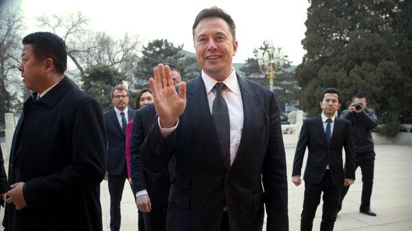 Глава Tesla Илон Маск перед встречей с премьером Госсовета КНР Ли Кэцяном. 9 января 2019