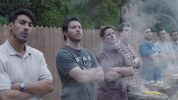 Скриншот видео от компании Gillette