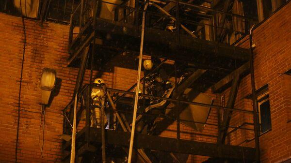 Пожар в типографском комплексе в Кировском районе Санкт-Петербурга