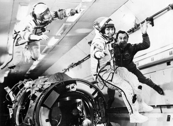 Экипаж космического корабля Союз Т-7