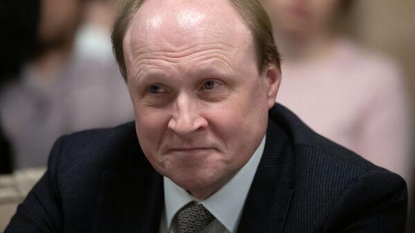 Советник президента РФ по вопросам культуры Владимир Толстой