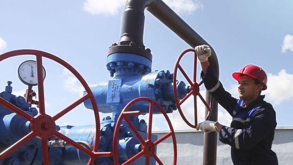 На территории газохранилища