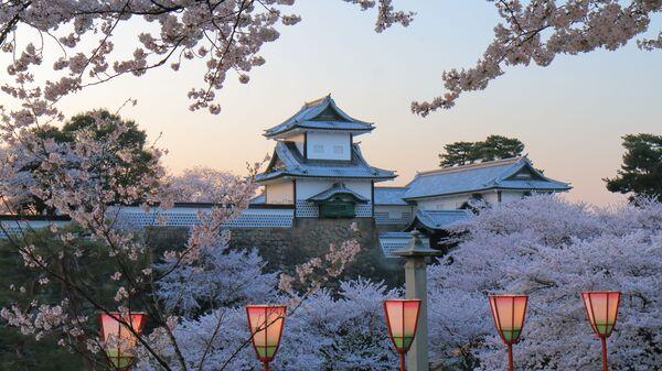 Замок Канадзава в Японии