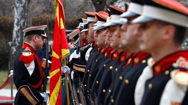 День перерождения. Круг почета НАТО для Македонии