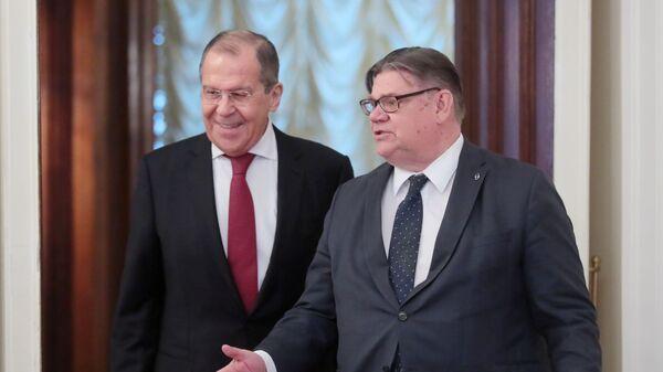 Глава МИД РФ Сергей Лавров и глава МИД Финляндии Тимо Сойни во время встречи в Москве. 12 февраля 2019