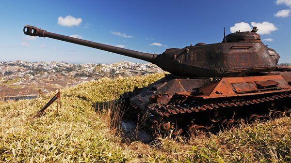 Танк ИС-2 в окрестностях поселка Крабозаводское на острове Шикотан