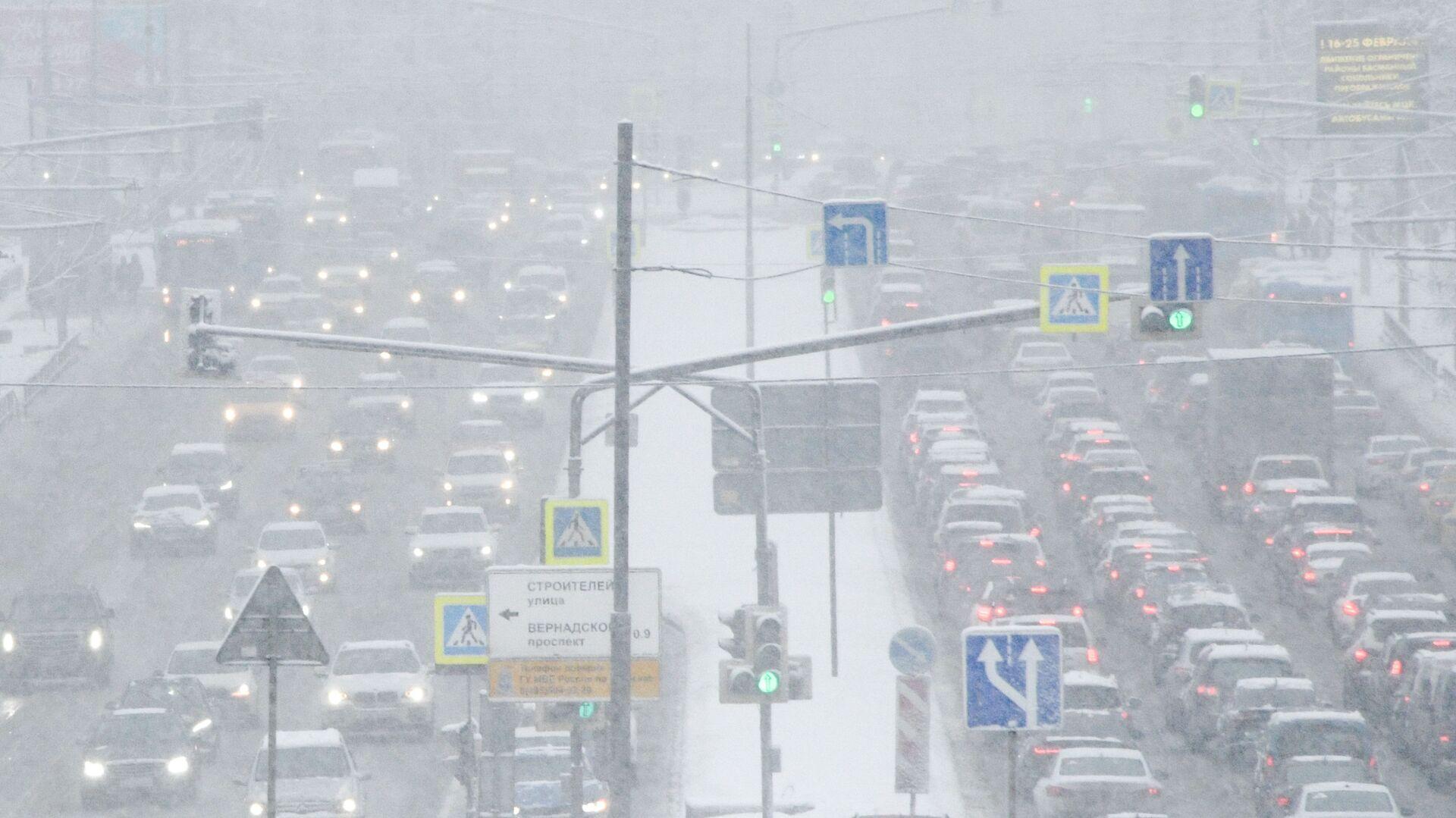 В Москве в субботу ночью сохраняются пробки в семь баллов