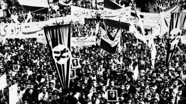 Митинг сторонников Мосаддыка. 16 августа 1953