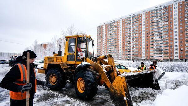 Уборка снега в районе Люблино
