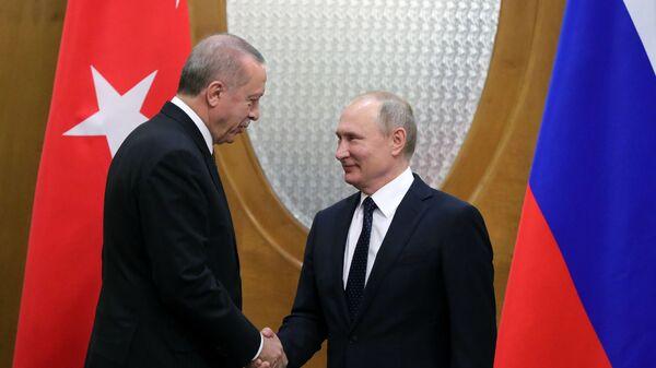 Президент РФ Владимир Путин и президент Турецкой Республики Реджеп Тайип Эрдоган во время встречи в Сочи