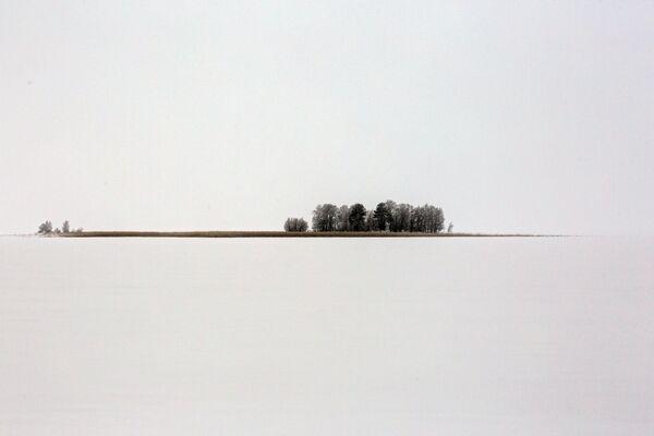 Остров Каменный в озере Сямозеро в Пряжинском районе Карелии