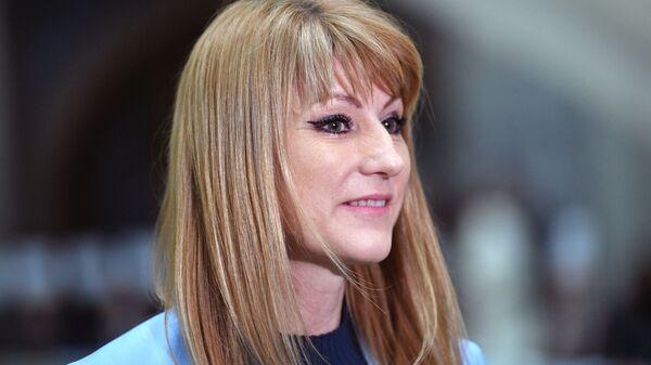 Светлана Журова в Гостином дворе перед началом оглашения ежегодного послания президента Российской Федерации Федеральному Собранию. 20 февраля 2019