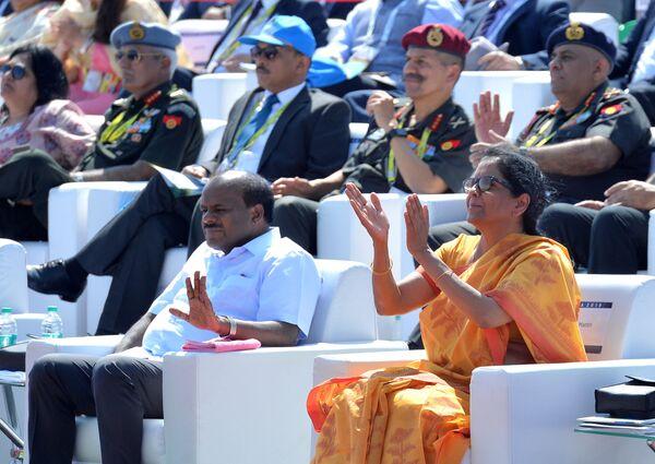 Министр обороны Индии Нирмала Ситхараман на выставке Aero India в Бангалоре
