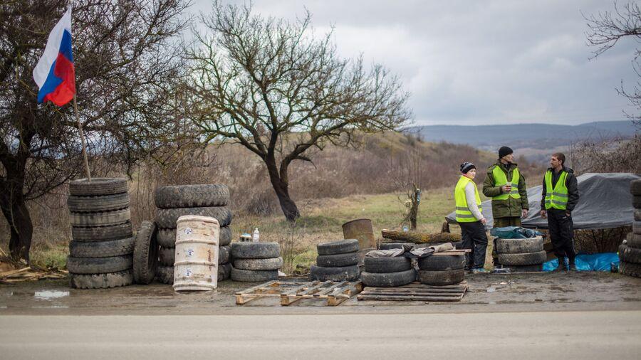Блокопост на дороге Симферополь - Севастополь